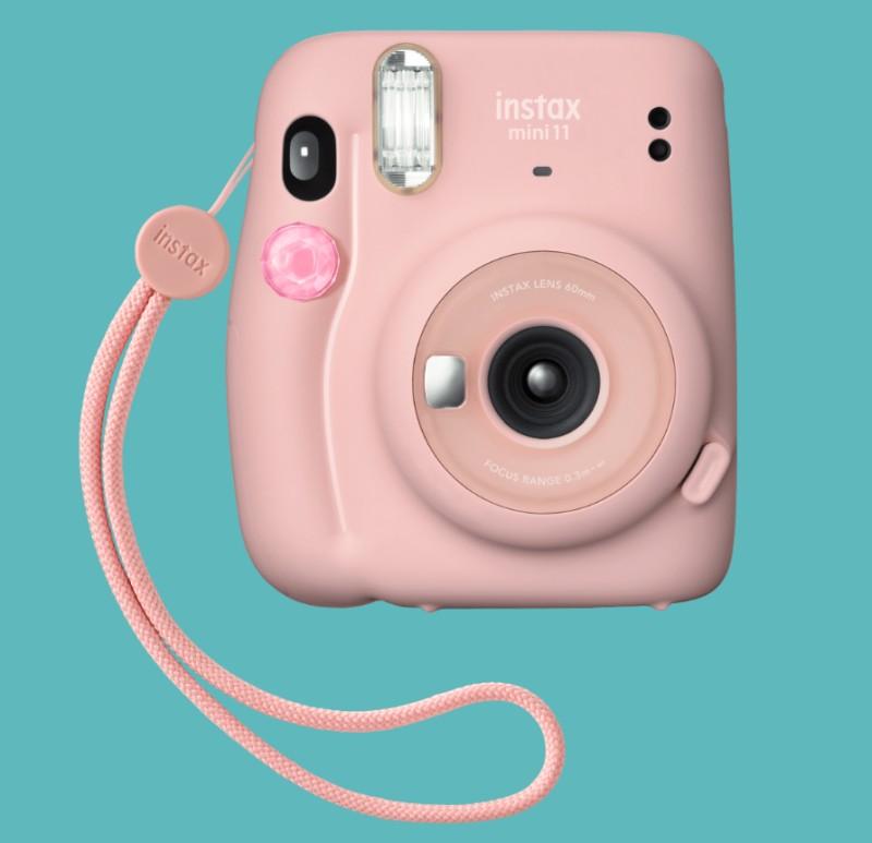 Instax mini 11 kamera kiegészítőkkel